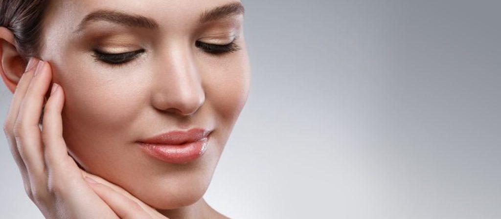 برجستهسازی صورت با تزریق ژل